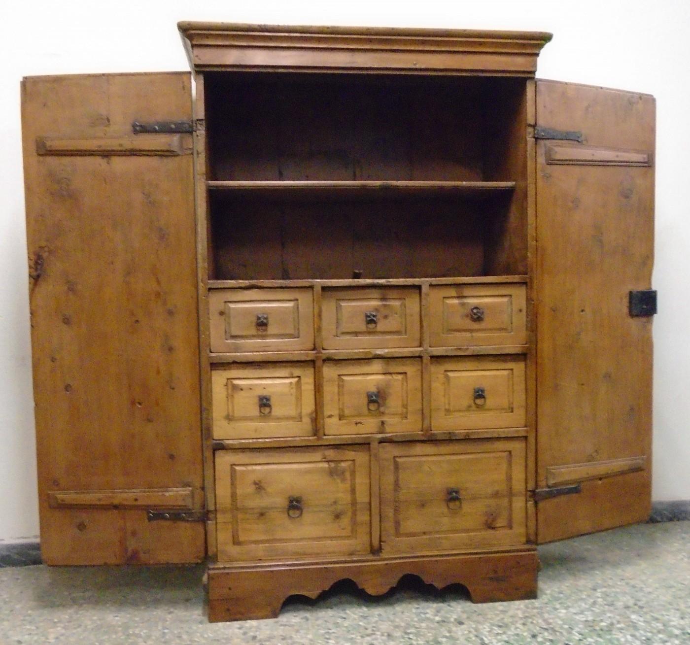 Credenza a cassetti prov val aurina antichit evelina - Riconoscere mobili antichi ...