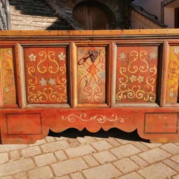 Cassapanca dipinta cod. 1203
