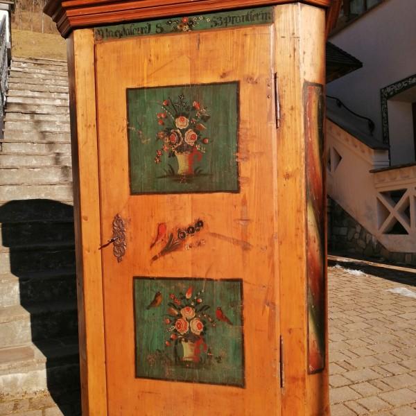 Armadio dipinto cod. 1206